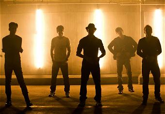"""V Factory's Music Video for """"Love Struck"""""""