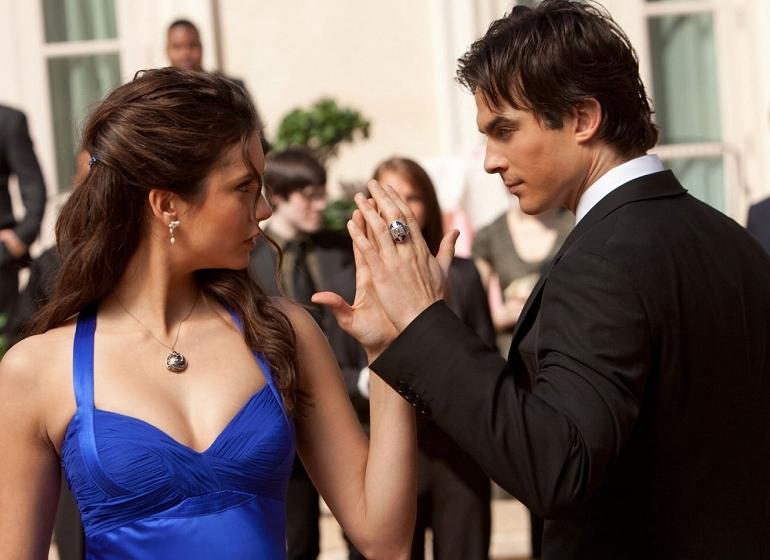 Elena and Damon Heat Up The Vampire Diaries TONIGHT!