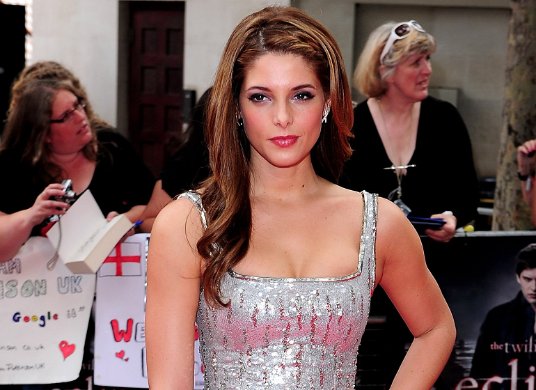 Ashley Greene Loves London & L'Wren Scott!