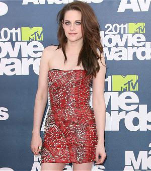 POLL: 2011 MTV Movie Awards - Who Rocked 'Balmain' Best?