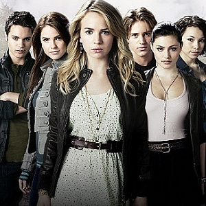 There's A New Preview of 'The Secret Circle' …shhh