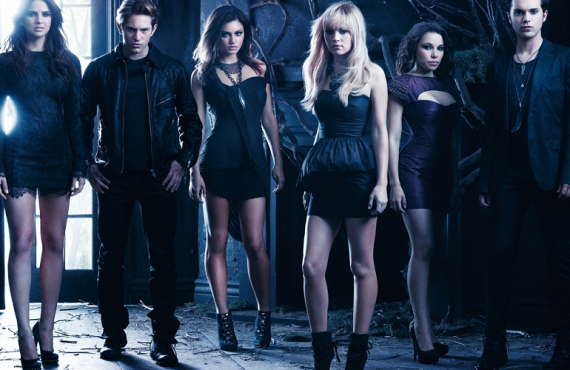 There's A New Preview of 'The Secret Circle' ...shhh
