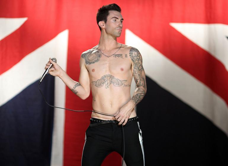 "VIDEO PREMIERE: Maroon 5 ""Moves Like Jagger"" – Fanvasion.com"